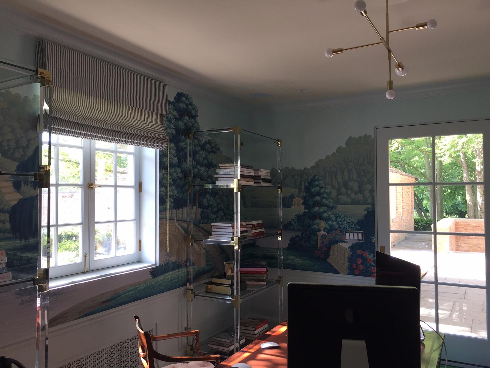 Chicago Wallpaper Hanger